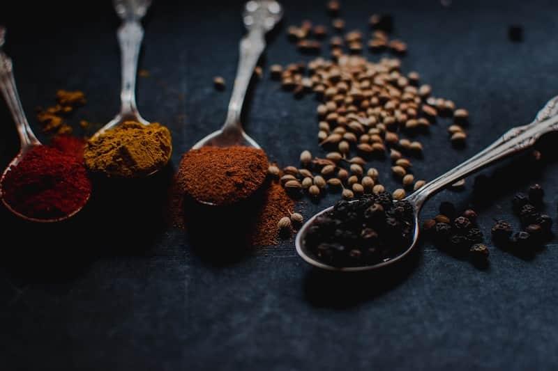 curcuma poivre noir piperine gingembre